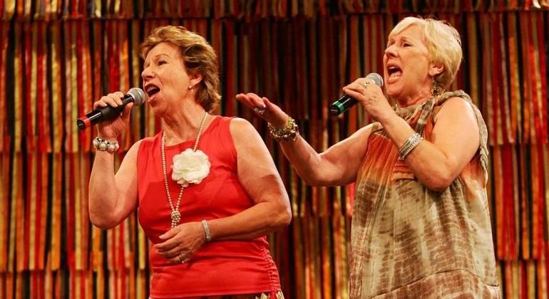Irmãs Galvão em apresentação na TV Cultura, em São Paulo