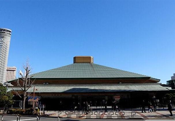 As lutas de boxe dos Jogos de Tóquio acontecerão na Arena Kokugikan. O local tem muita tradição nas competições de sumô, um esporte popular no Japão, e pode receber 7.300 espectadores.