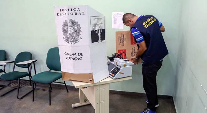 Locais de votação terão uma hora a mais de funcionamento. Abertos das 7h às 17h
