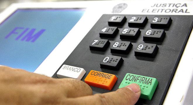 TSE: 95 municípios brasileiros poderão ter 2º turno em novembro