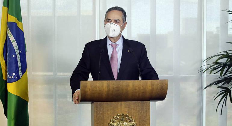 O presidente do TSE, Luís Roberto Barroso, reforçou a segurança das urnas