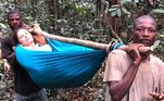 A atrizAshley Judd publicou nesta terça-feira (16) em sua página oficial do Instagram registros de um grave acidente que sofreu em uma floresta do Congo. Em um extenso relato, a artista primeiramente agradeceu aos nativos pelo socorro que foi oferecido.