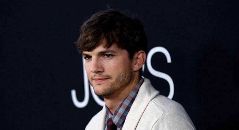 Ashton Kutcher planejava ser uma das primeiras pessoas a ir ao espaço com a Virgin Galactic
