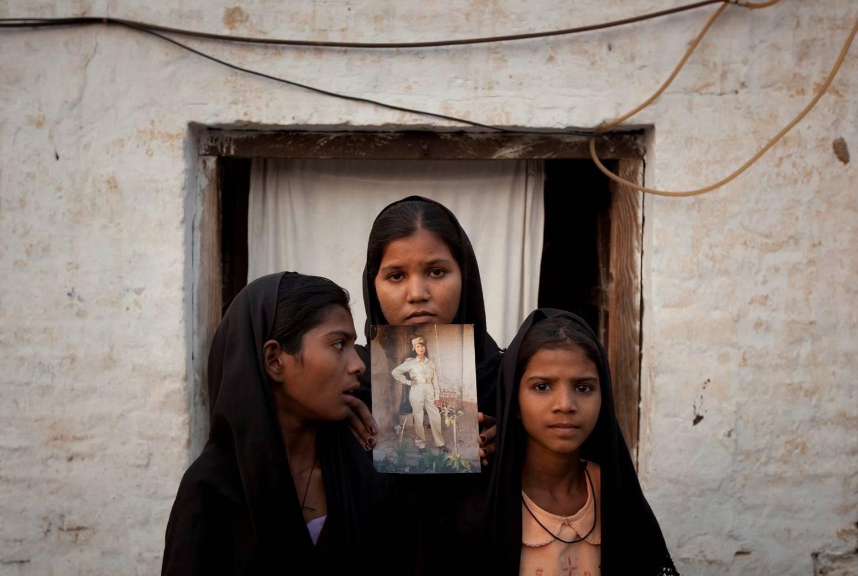 Cristã paquistanesa é libertada da prisão, mas continua no país