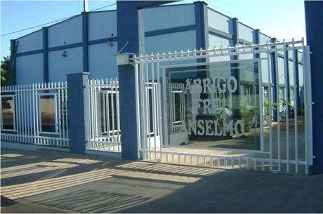 65 idosos infectados e 8 mortos em asilo em Unaí (MG)