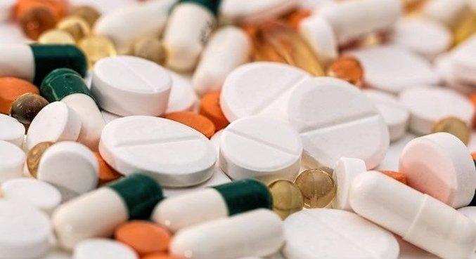 Medicamento usado para reduzir coágulos sanguíneos não é eficaz contra covid
