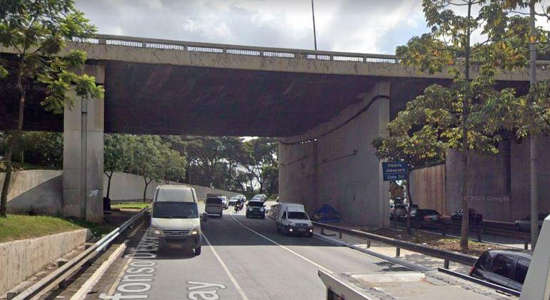 Roubo ocorreu na avenida dos Bandeirantes, próximo ao viaduto do Jabaquara