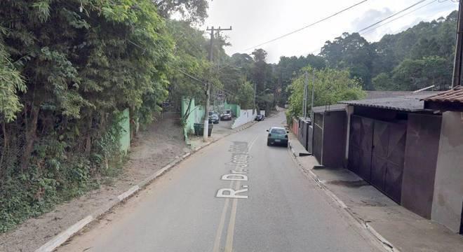 Rua Doutor Jorge Balduzzi, onde criminosos fugiram da polícia