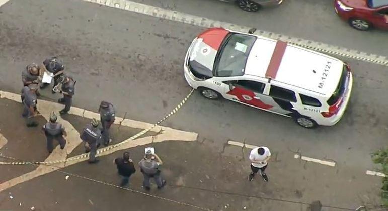 Policiais reagem a assalto na zona sul de São Paulo e suspeito é levado a hospital