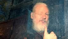 EUA aumentam acusações contra Assange durante audiência