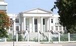 Joseph decretou o estado de sítio no pais após assassinato do presidente do país