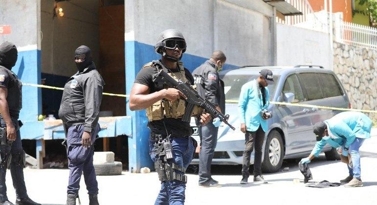 Polícia teria capturado os suspeitos durante uma tentativa de fuga