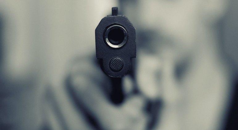 Arma de fogo é o principal instrumento empregado nos assassinatos de mulheres