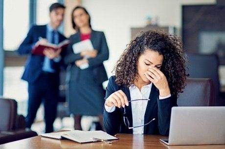 Assédio moral destrói a autoconfiança e autoestima da vítima