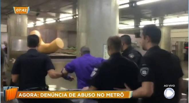 Homem é preso após suspeita de assédio no Metrô de São Paulo