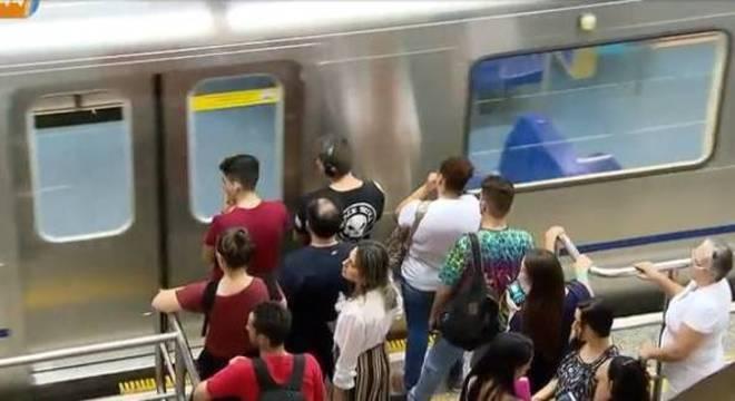 Homem gravava mulheres em estações do Metrô de São Paulo