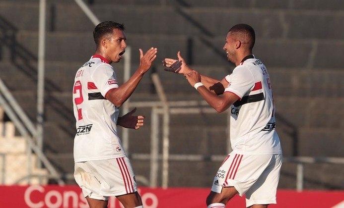 Assim como Daniel Alves, o lateral não balançou as redes, mas deu dois passes para gols em 2021. Uma das assistências foi para o gol de Pablo, contra o Santos e a outra para o gol de Rojas diante do Novorizontino, ambos no Paulistão de 2021.