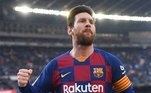 Assim como outros jogadores, Lionel Messi, do Barcelona, fez  uma doação no valor de 1 milhão de euros (cerca de R$ 5,4 milhões, na cotação atual) divididos entre o hospital Clínic, em Barcelona, e mais um centro na Argentina, seu país natal, para combater o coronavírus