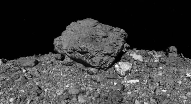 Asteroide Bennu contém material do início do Sistema Solar