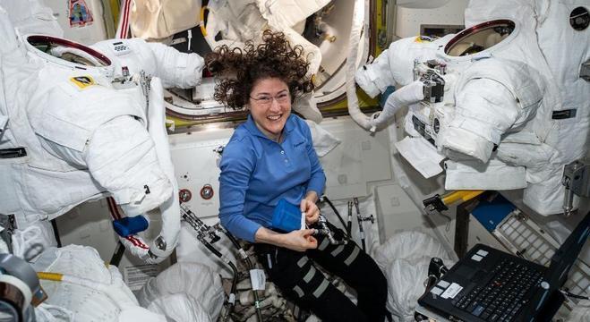 Astronauta Christina Koch retorna pra a Terra em fevereiro de 2020