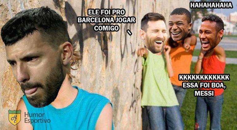 Atacante, ex-Manchester City, acertou com o Barcelona no final de maio e tinha expectativa de atuar ao lado do amigo Lionel Messi. Torcedores brincaram com o