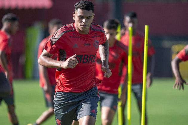 Atacante - Mateus Lima (16 anos)