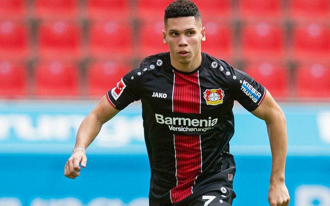 ATACANTE: Paulinho – Bayer Leverkusen