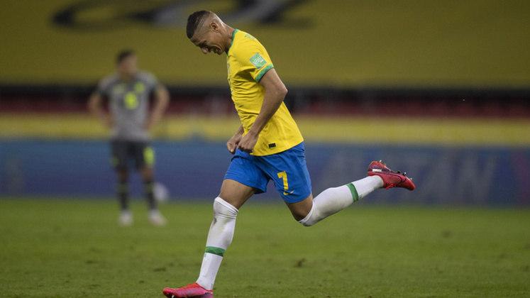 Atacantes: Richarlison (Brasil) – 55 milhões de euros x Nicolás González (Argentina) – 22 milhões de euros