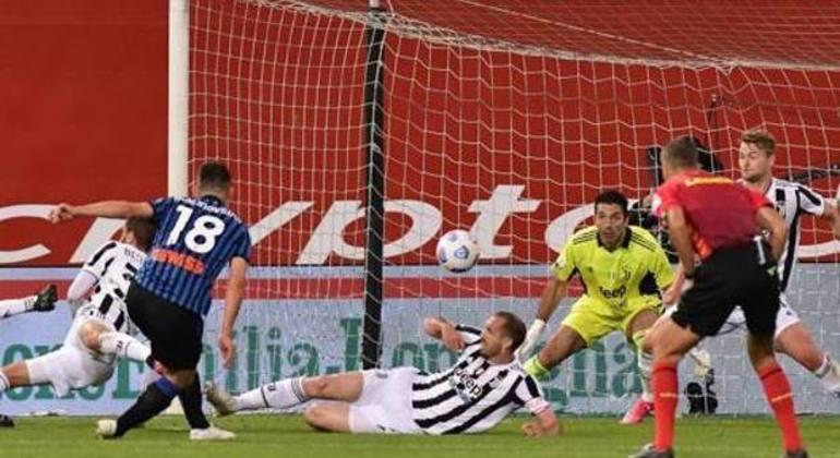 Detalhe do gol de Malinovskiy, Atalanta 1 X 1