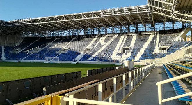 O Gewiss Stadium da Atalanta, completamente vazio