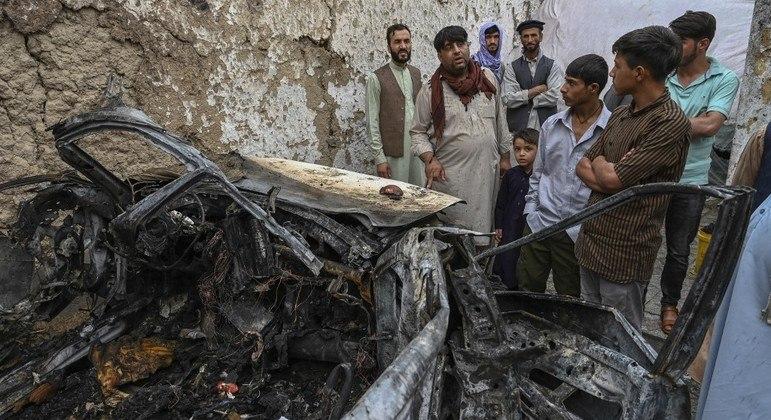 EUA utilizaram um drone para atacar um suposto carro-bomba que seria usado pelo Estado Islâmico-K
