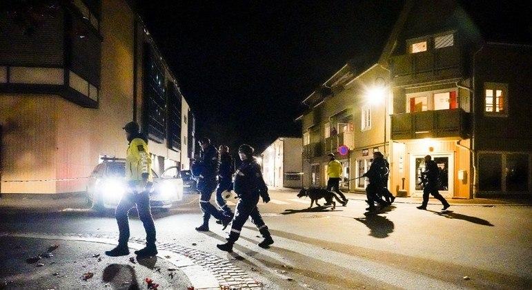 Investigações iniciais da polícia mostram que autor do ataque agiu sozinho