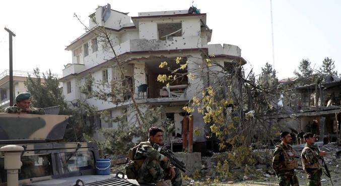 Talibã reivindica atentado contra ministro da Defesa