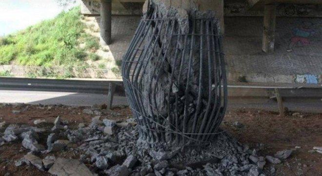 Pilar de viaduto foi destruído com explosão em acesso da BR-020 no Ceará