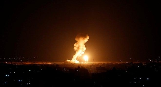 O primeiro-ministro iraquiano condenou os ataques aéreos dos Estados Unidos