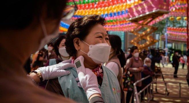 Até agora, Coreia do Sul tinha sido exemplo de sucesso no combate ao novo coronavírus