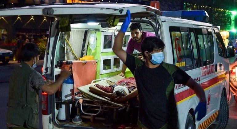 Atentados em Cabul matou pelo menos 85 pessoas e deixou 160 feridos