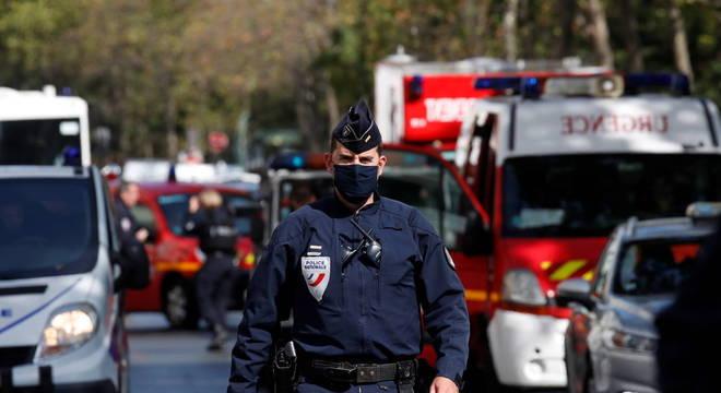 Ataque à faca em Paris deixou 4 feridos
