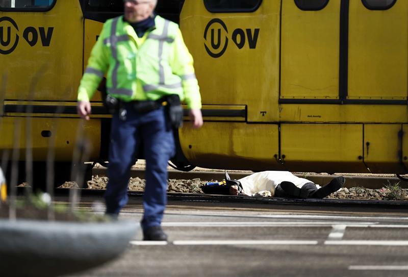 Prefeito de Utrecht confirma 3 mortos em atentado na Holanda