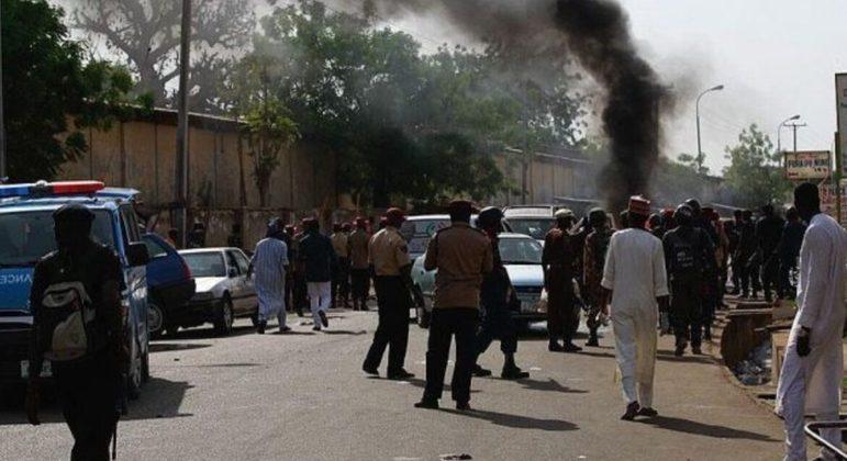 Atentado deixou dezenas de mortos em três aldeias diferentes