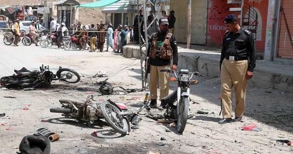 Atentado com bomba no Paquistão mata 6 e deixa 24 feridos