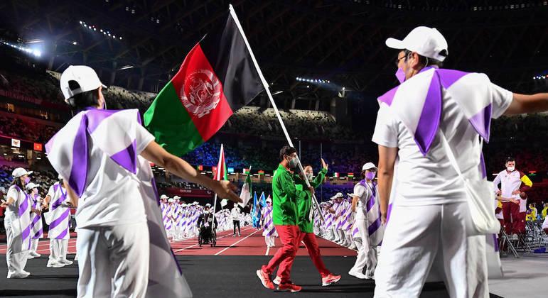 Afegãos participaram da cerimônia de encerramento da Paralimpíada 2020