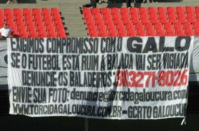 Atlético-MG - Após campanha desastrosa em 2005, o Galo foi rebaixado para a série B do Brasileirão e teve que jogar a segunda divisão do ano seguinte.