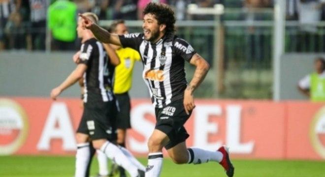 Luan festejou gols que acabaram anulados pelo VAR