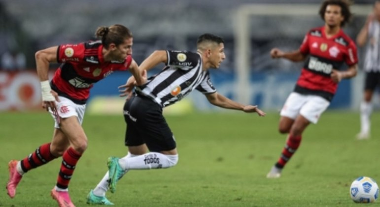 Atletico MG x Flamengo - Savarino
