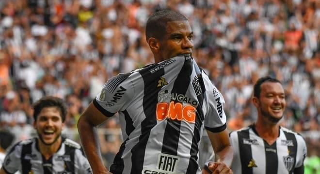 Atlético-MG vence o Santos no Independência por 2 a 0