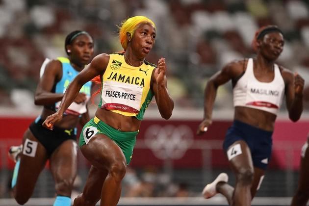 ATLETISMO - Já a jamaicana Shelly-Ann Fraser Pryce confirmou o favoritismo e fez o melhor tempo das eliminatórias dos 200m rasos feminino.