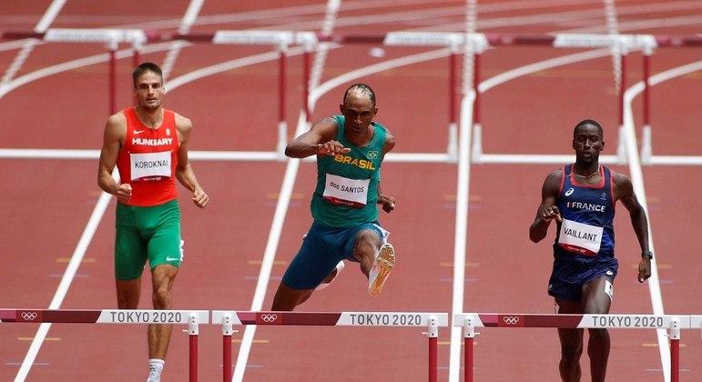 Alison dos Santos se classificou nos 400m com barreiras