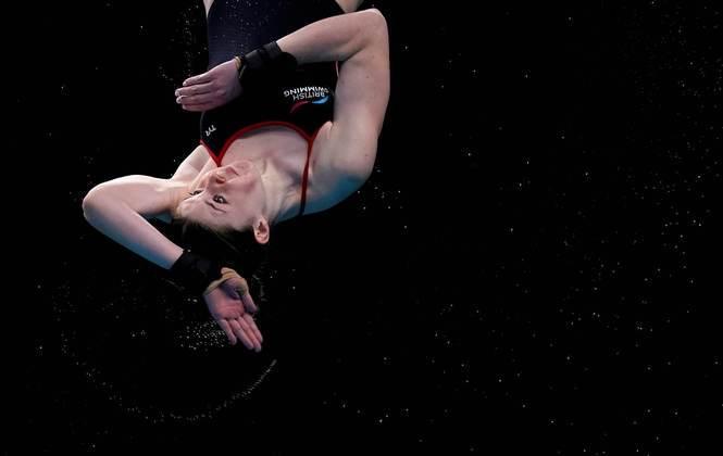 A mergulhadora britânica Andrea Spendolini-Sirieix em ação