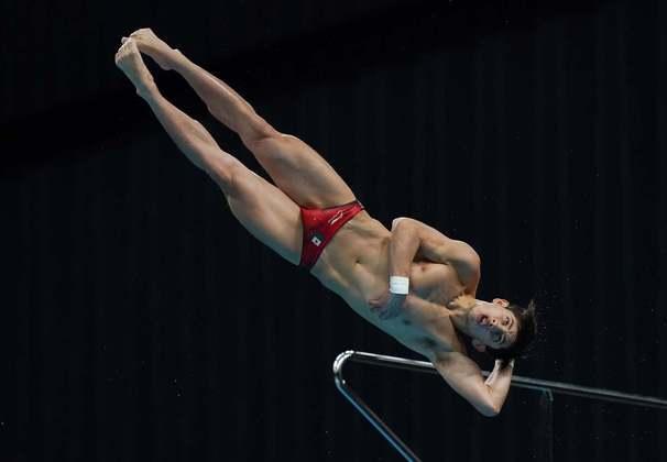 Randal Willars Valdez realizando seu salto salto